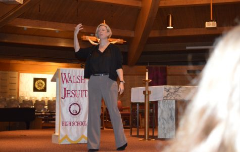 Guest speaker explores friendship, healthy relationships